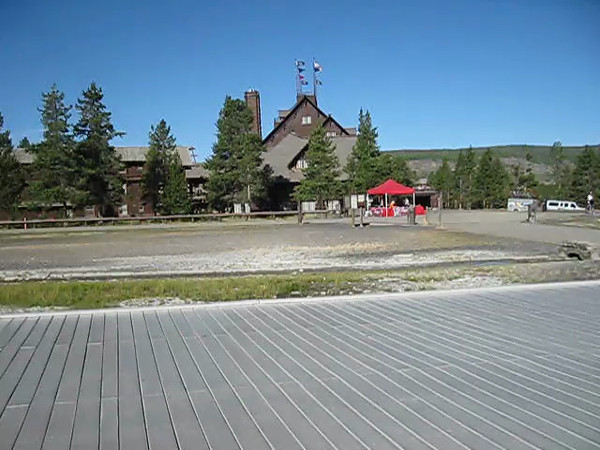 VIDEO: Waiting for Old Faithful