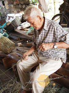 Marcelo Hostallero, Oldest Man in Chavayan at 105