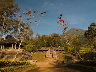 Candi Cetho, Mt Lawu