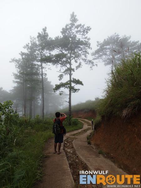 The hike to Salacsac
