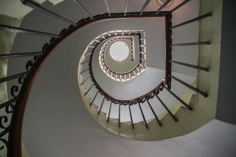 Aravind Guest House has three floors, about 20 guest rooms.  I like the staircase.