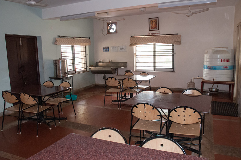The LiveWell dining center. For Rs1500 per day, the patient and one family attendant get room, board, and full therapy services.