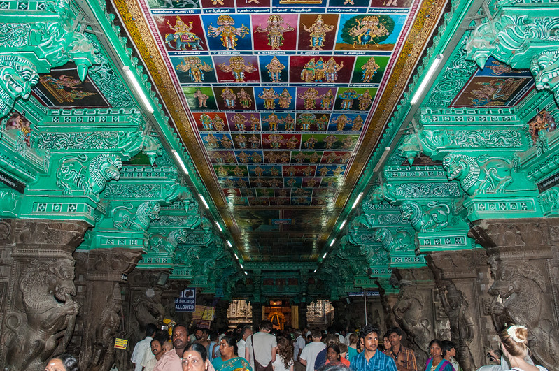 The ceiling paintings (repainted in 2009) cover an extensive range of Hindu mythology.