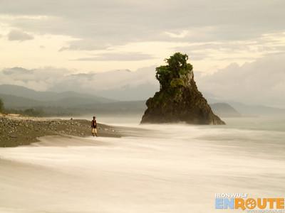 Dimanok Beach