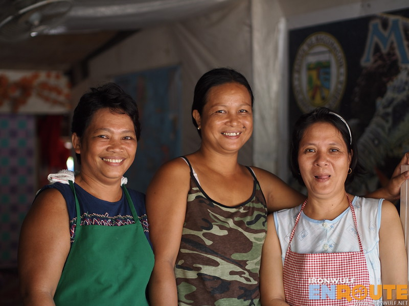 The friendly ladies preparing our meals at Leda's Snackhouse