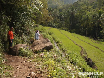Bugtong Bato Falls, Hike