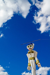 The centerpiece of the Zozobra Festival in Santa Fe, New Mexico, is the giant marionette effigy that goes up in flames at midnight to destroy the worries and troubles of the previous year. ©