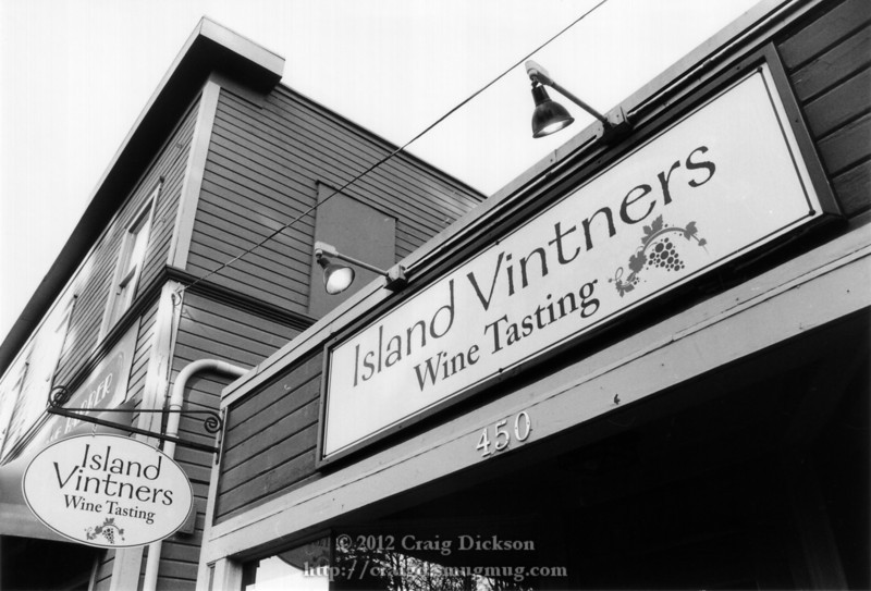 Bainbridge Island store