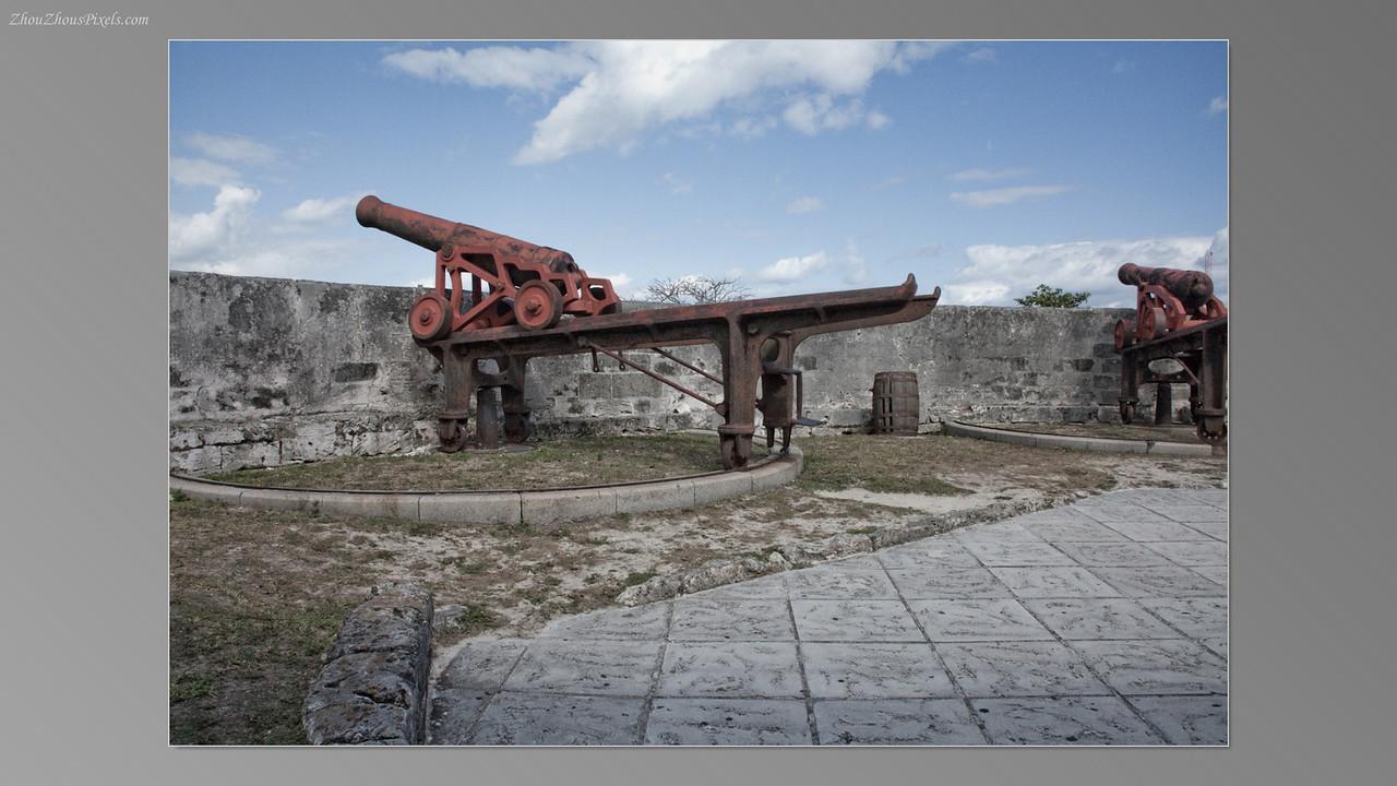 2012_04_10-5 (Nassau, Bahamas)-018