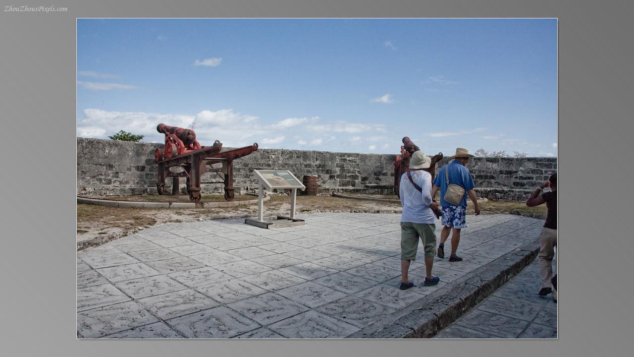 2012_04_10-5 (Nassau, Bahamas)-019
