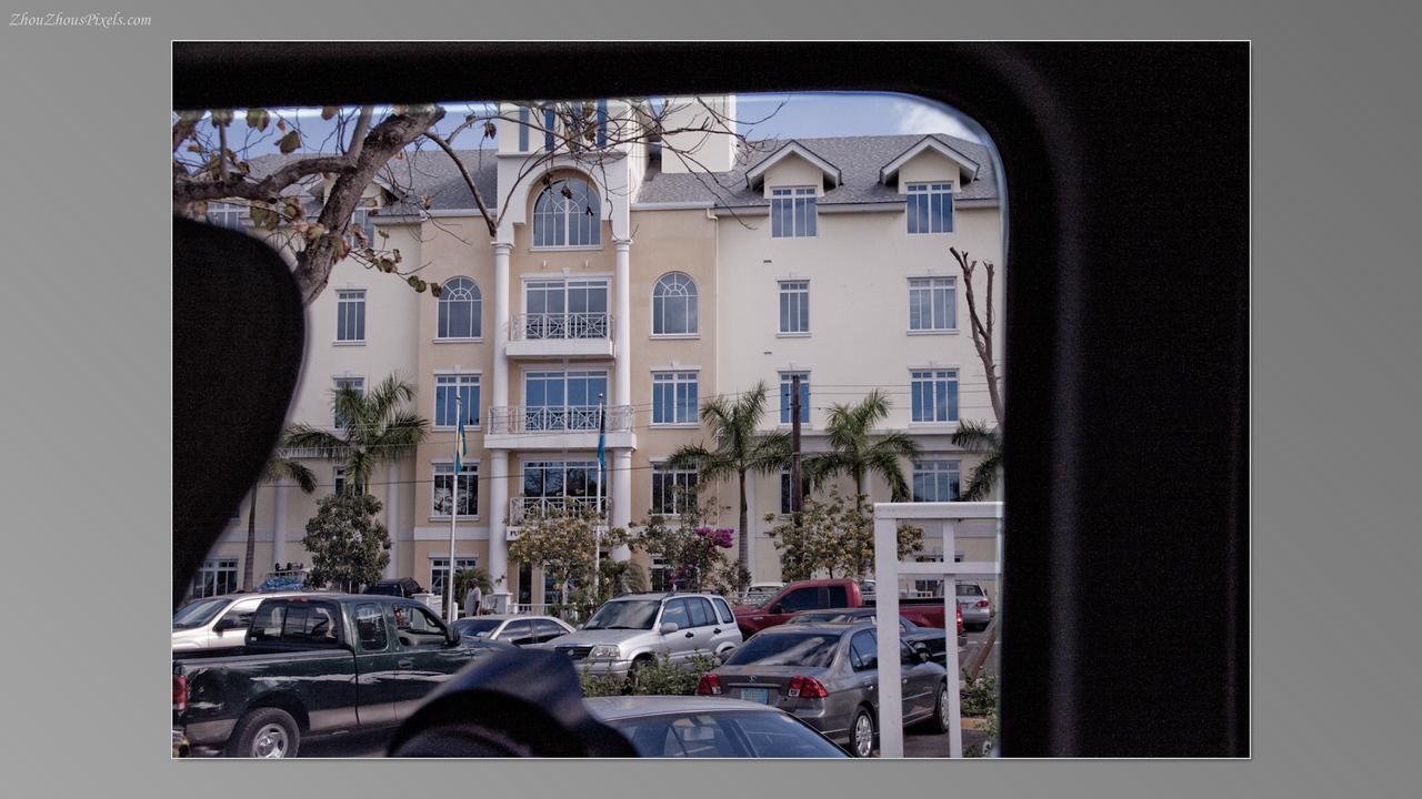 2012_04_10-5 (Nassau, Bahamas)-015