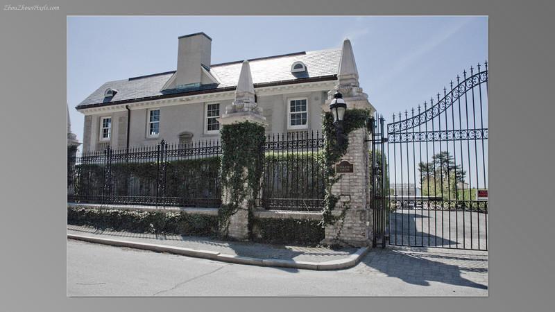 2012_04_30-2 (Mansions_Cliff Walk-Newport,Ct)-024