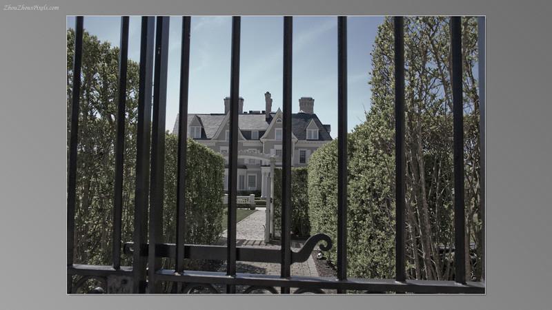 2012_04_30-2 (Mansions_Cliff Walk-Newport,Ct)-023