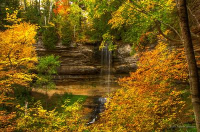 2012/10/05f Munising Falls