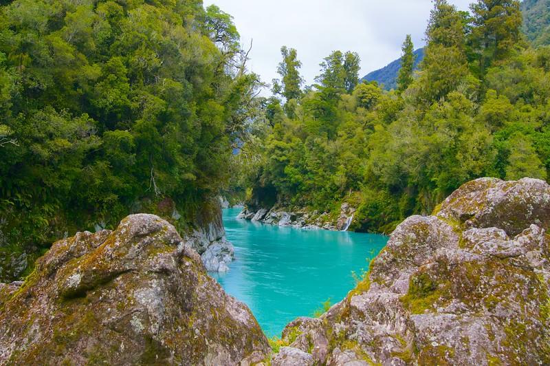 Turquoise gorge