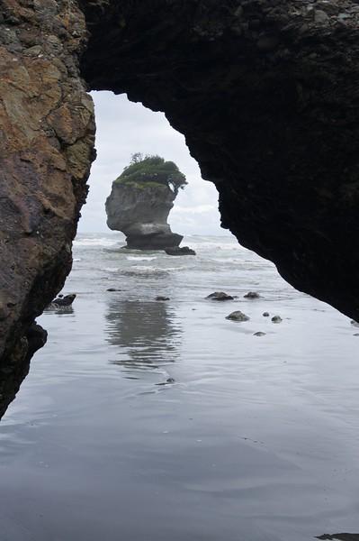 Head through arch