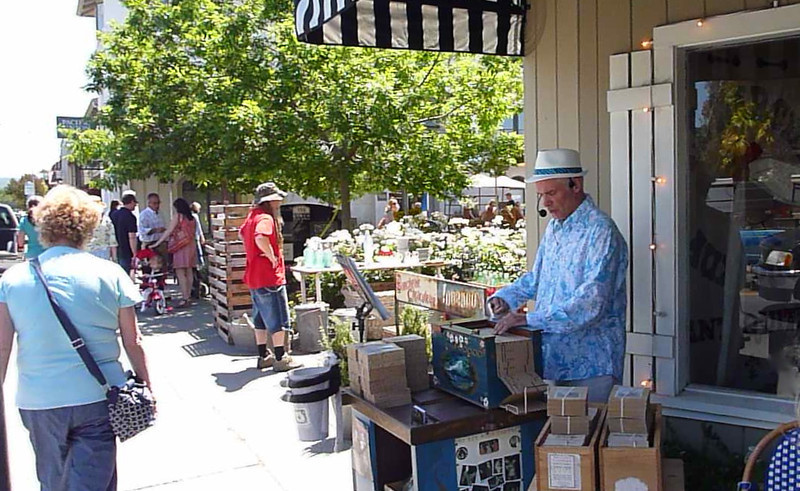 Sonoma farmer's market day.
