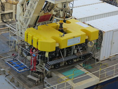 trencher for laying communications cables on the ocean floor