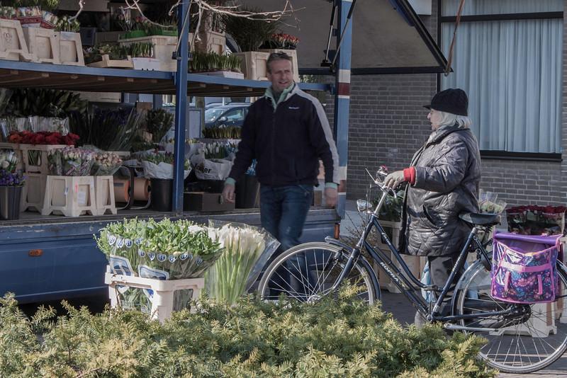 Bloemen in Waalre markt