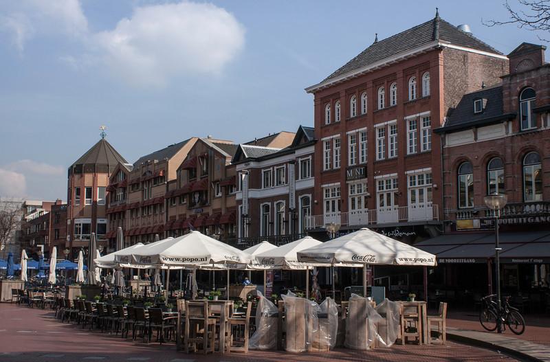 Eindhoven centrum waking up.
