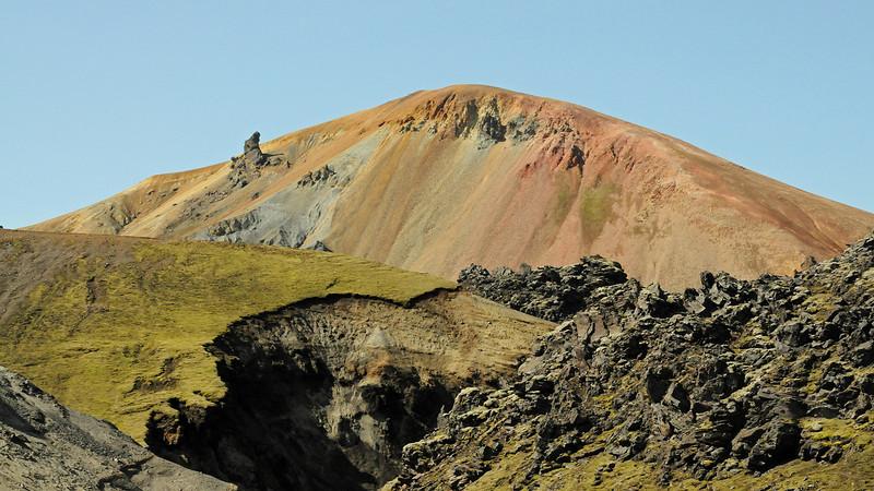 Video clip: Valdi describes Hekla area (click on photo to play video)