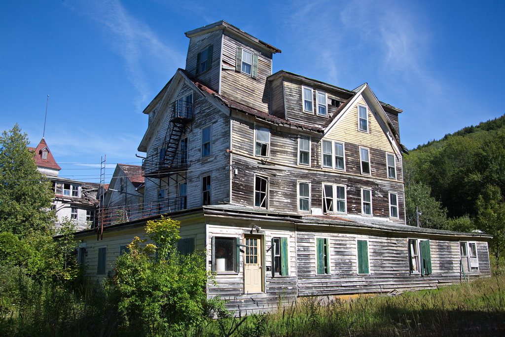 """77 The Cold Spring House in 2013. It was built in the 1890's. For more info on this grand old lady, see:<br /> <a href=""""http://www.registerstar.com/columnists/greene_history_notes/article_f3148286-452a-11e2-83ec-001a4bcf887a.html"""">http://www.registerstar.com/columnists/greene_history_notes/article_f3148286-452a-11e2-83ec-001a4bcf887a.html</a>"""