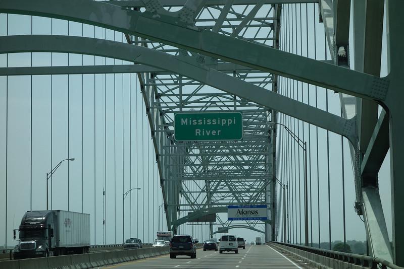 Crossing Mississippi, entering Arkansas