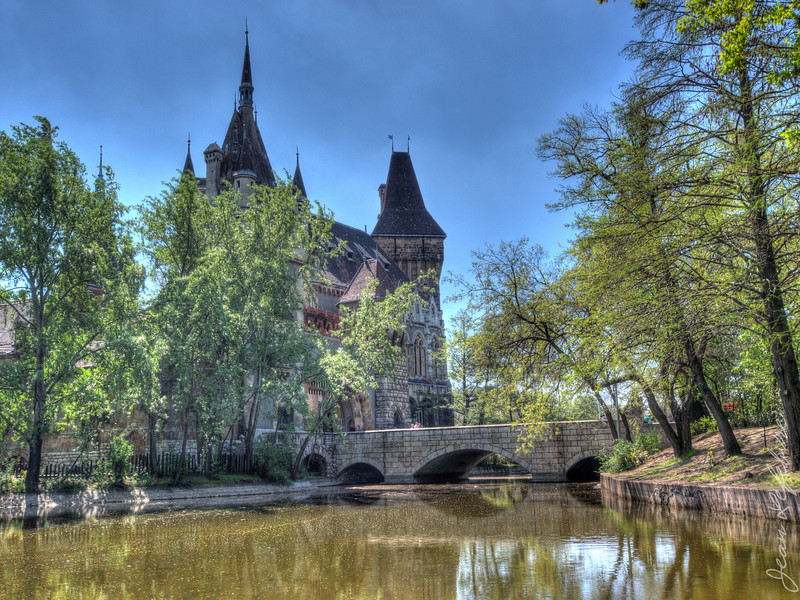 BudapestApr2013 (1203 of 1373)_HDR