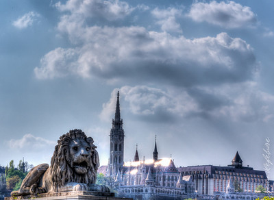 The Lion and St Matthias