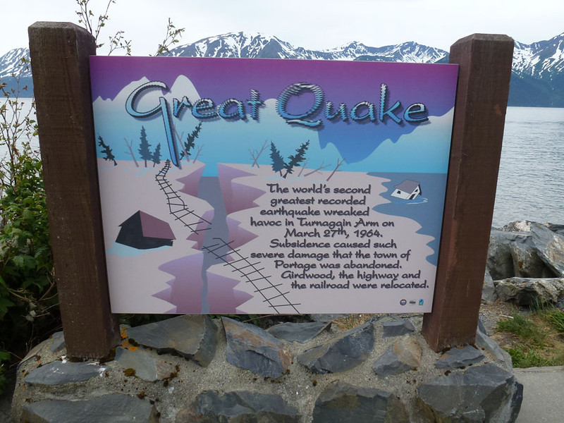 Sign at pullout along the Turnagain Arm.