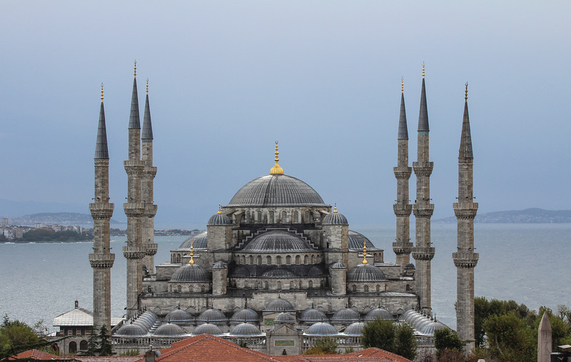 A grey day in Istanbul, but the Blue Mosque still looks amazing