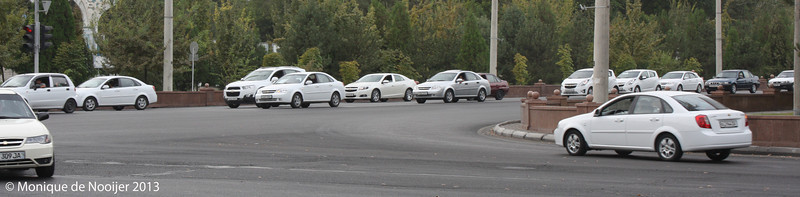 Mostly white cars in Oezbekistan. Most of them are Chevrolet Matiz and Lada's.
