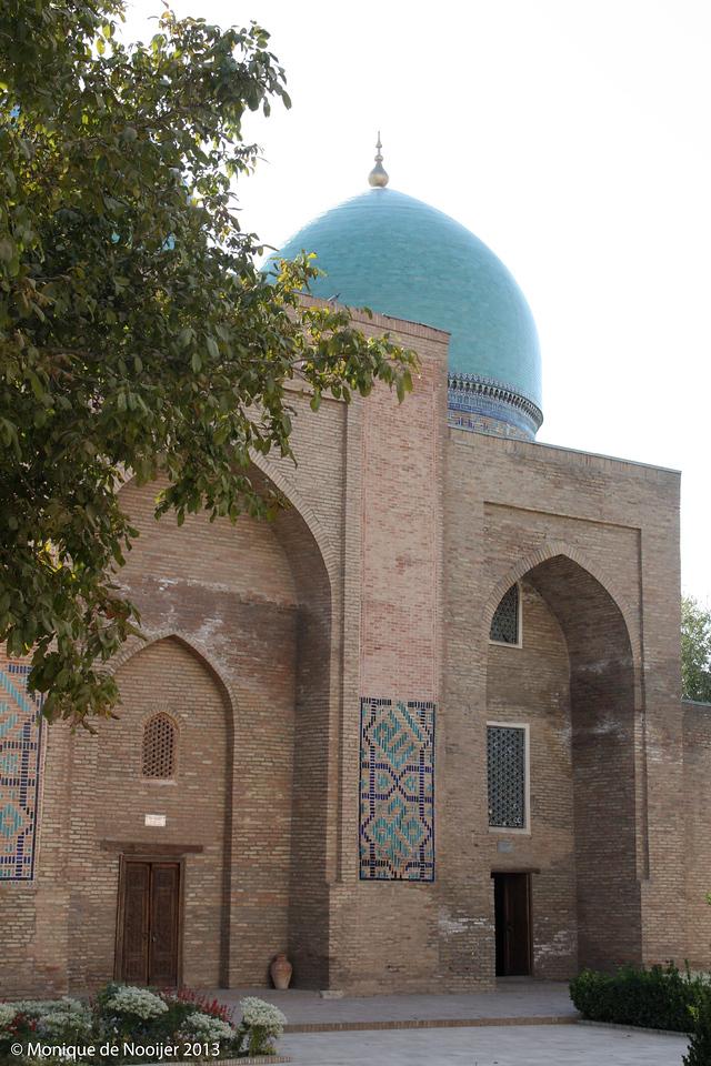 Dor at-Tilyavat Complex in Shakrisabz.