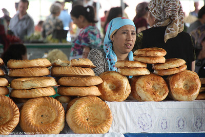 Obi non, bread, in Tashkent.