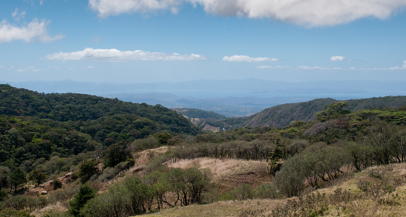 Looking southwest from Monteverde, we see the Gulfo de Nicoya; the Pacific ocean is just beyond the narrow Nicoya peninsula.