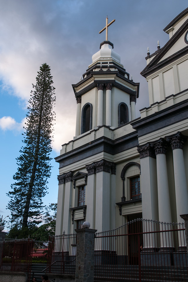 The main chapel alongside central park in Alajuela.