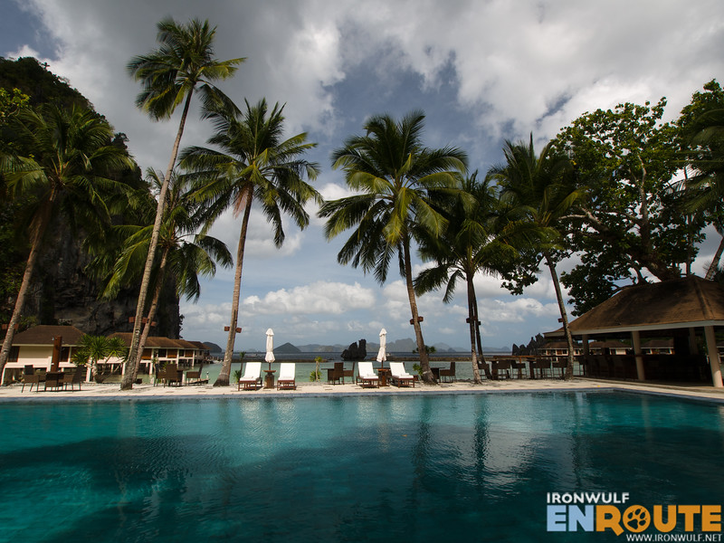 Lagen Island pool
