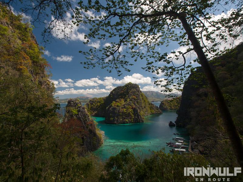 The familiar scener at kayangan Lake Coron