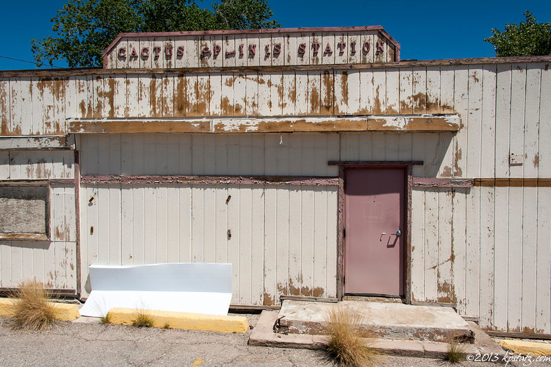 Abandoned rest stop on the way to Death Valley
