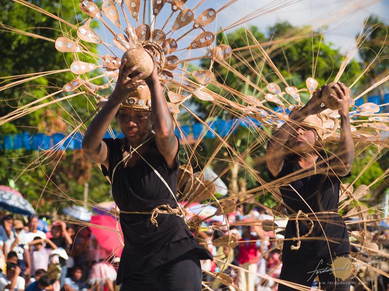 Purok Makinit's Tribo Peacock creative costume design but so-so performance