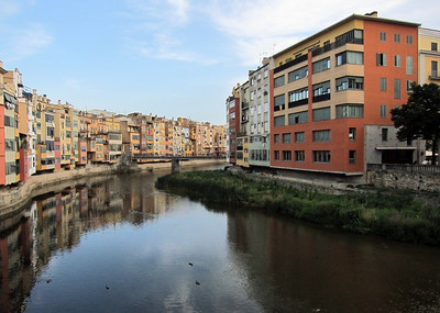 From the trip to Girona (Gerona), Catalunya, Spain. Riu Onyar (Onyar River).