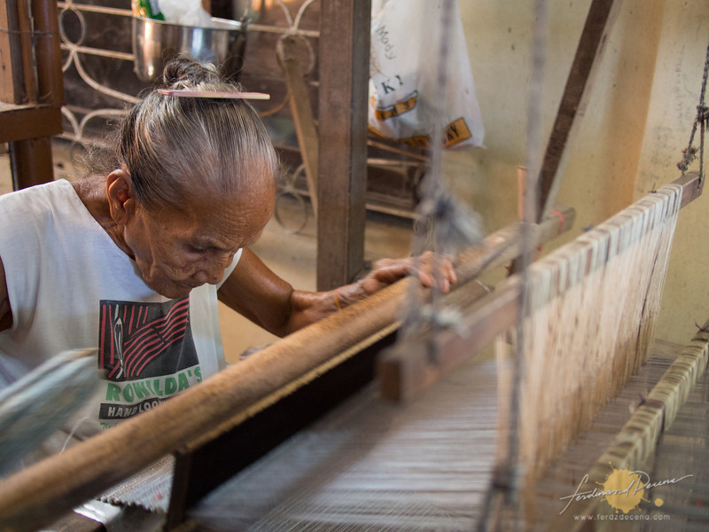 Inabel Weaving in Camangaan