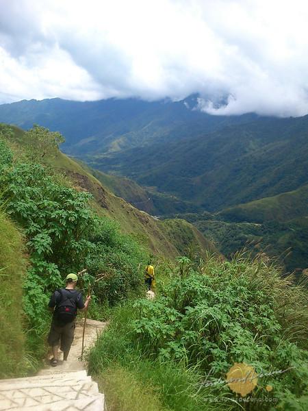 Descending to Liyao from Ngibat Vilalge