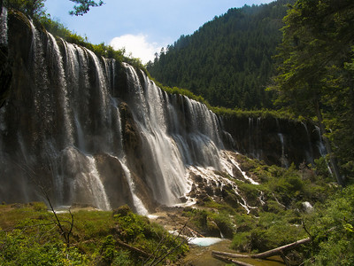 诺日朗 waterfall, Jiuzhaigou National Park, Sichuan Province