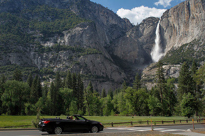 Driving by Yosemite Falls in Yosemite Valley