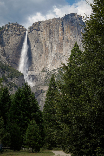 Upper Yosemite Fall has a plunge of 1,430 feet making it among the twenty highest waterfalls in the world.