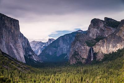 Tunnel View - Yosemite Valley