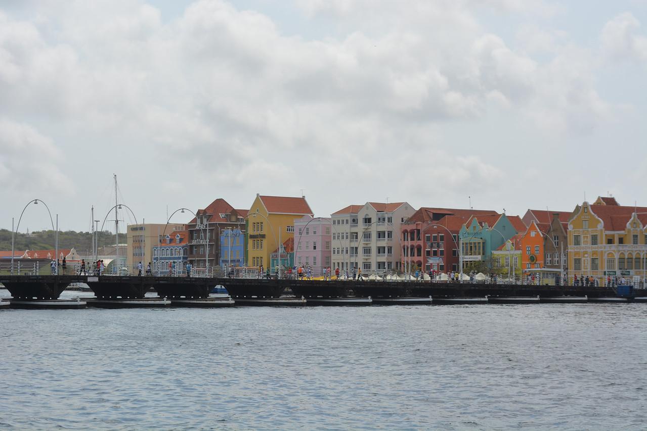 The lovely colors of Curacau
