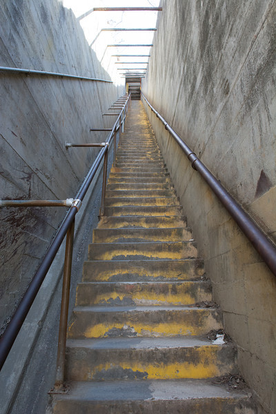 More stairs leading up to Diamond Head