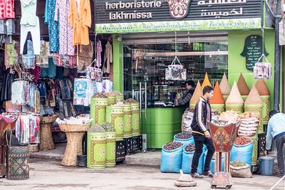 018-Morocco_Kasbahs_Lawrie-20141223